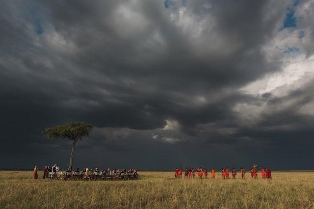 030-masai-mara-wedding-by-jonas-peterson-pp_w1600_h1066