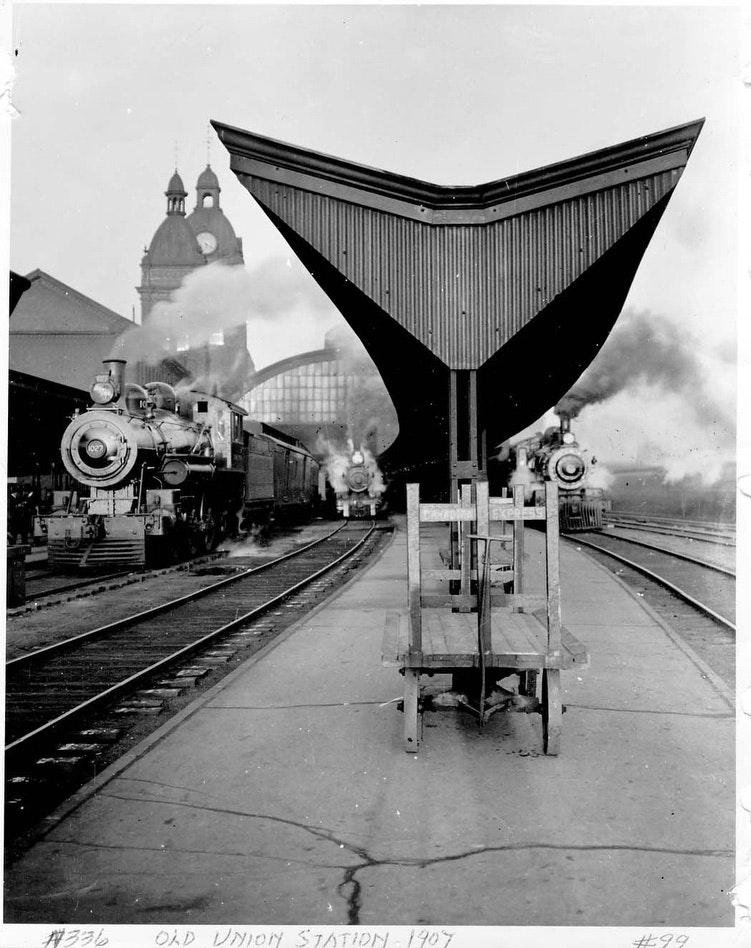 Old Union StationCity of Toronto Archives1907Fonds 1244, Item 99