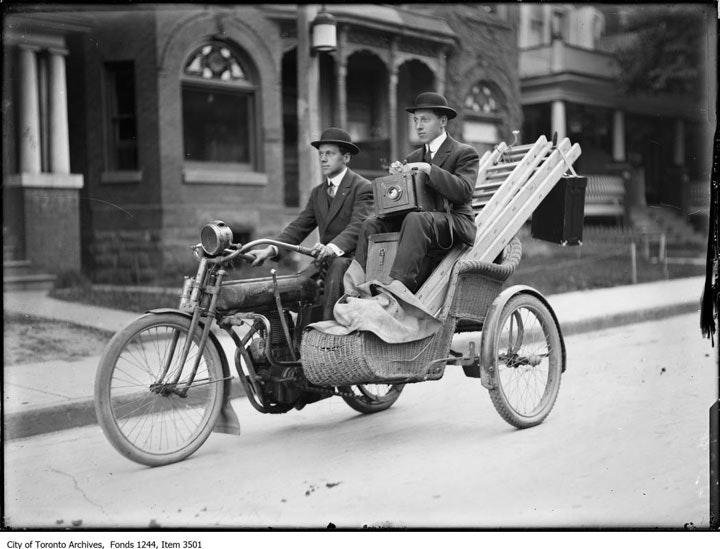 Toronto-Archives01