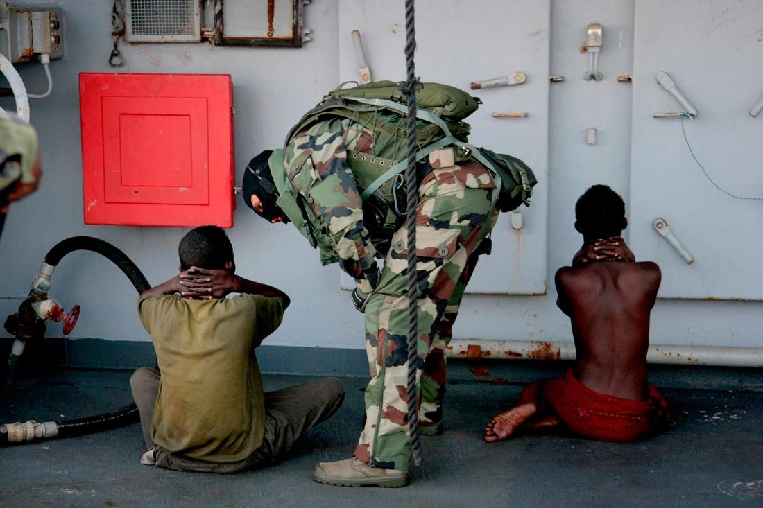 Куда уплыли сомалийские пираты - Bird In Flight