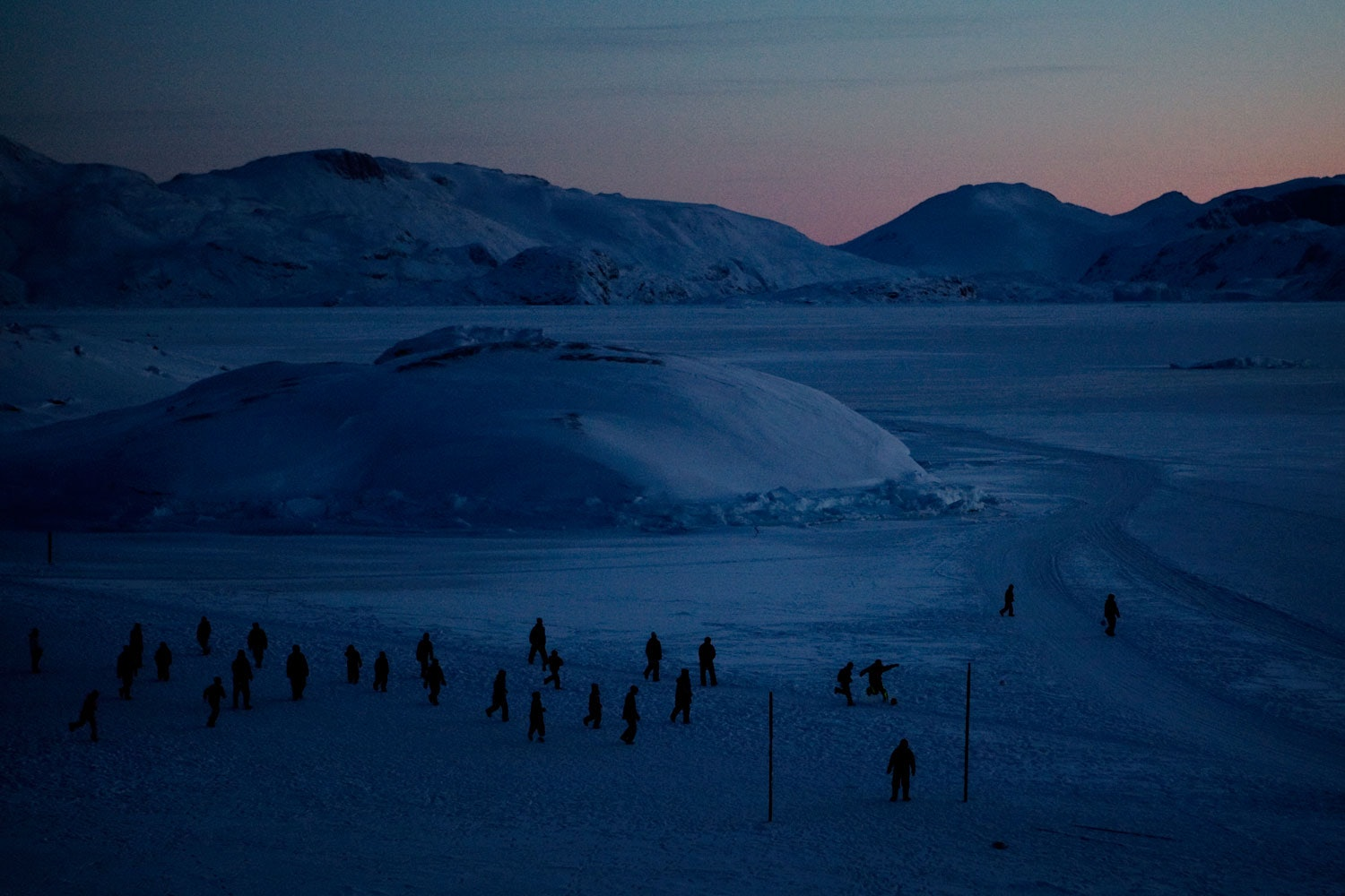 andrea-gjestvang-disappearing-ice-age-04