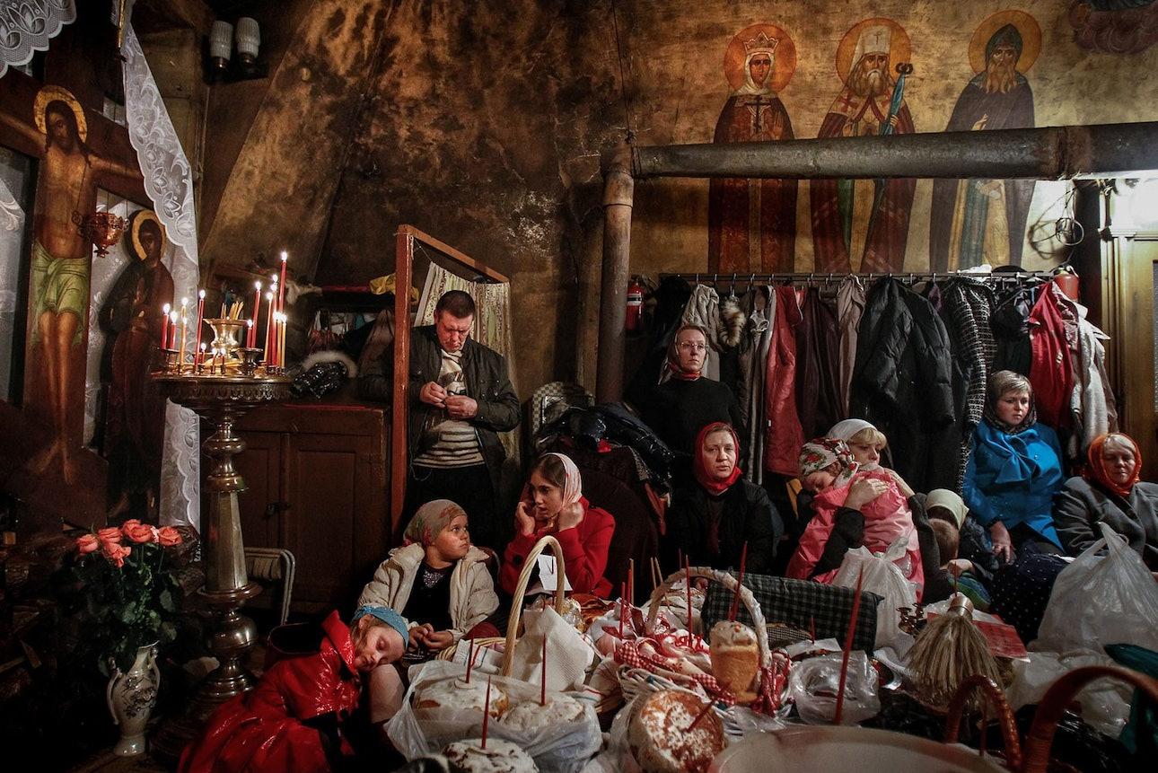 denis-sinyakov-10-photos-05