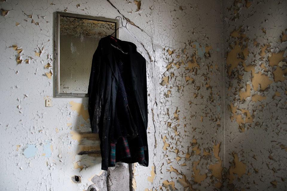 seph-lowless-03-michigan-inside