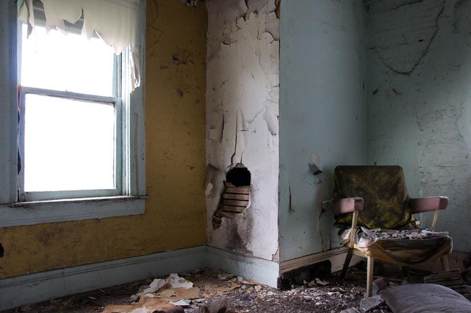 seph-lowless-04-cleveland-inside