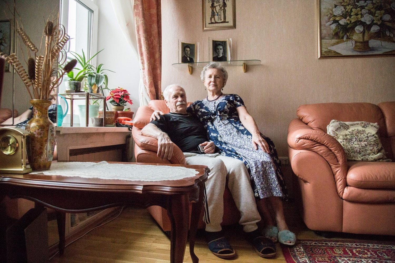 знакомство пожилой супружеской парой