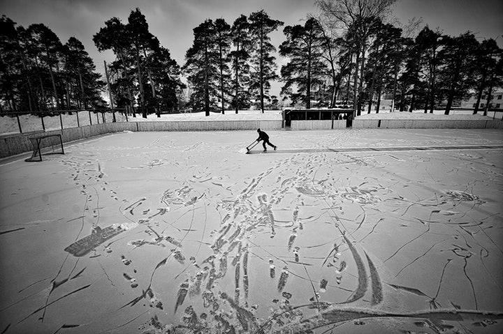 ©-Vladimir-Pesnya---Vetluga's-Hockey-01