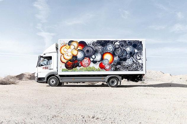 Infographic Ideas depression infographics in spanish : Spanish Artists Painted Trucks - Bird In Flight