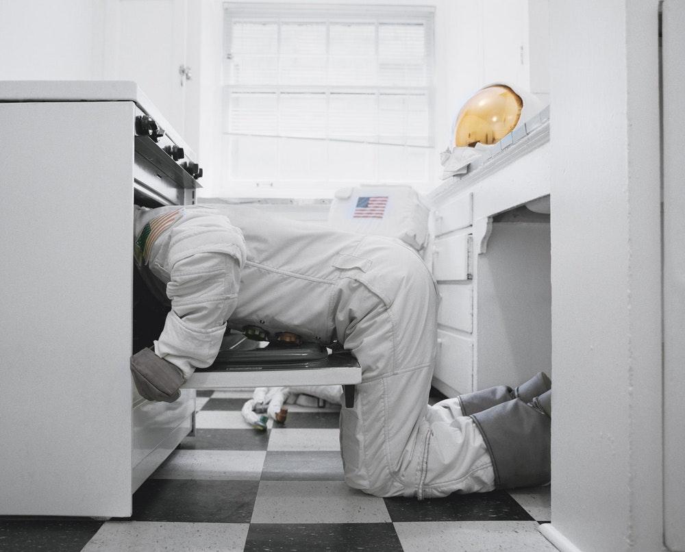 Astronaut_Suicides_Neil_DaCosta_3
