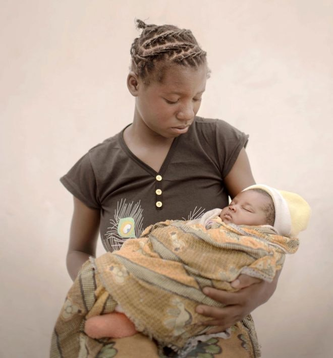 child-mothers_05