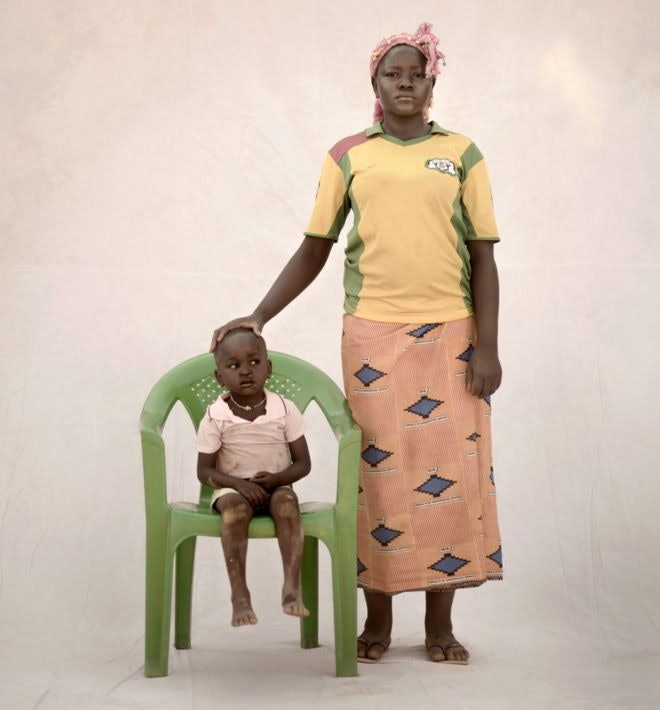 child-mothers_06