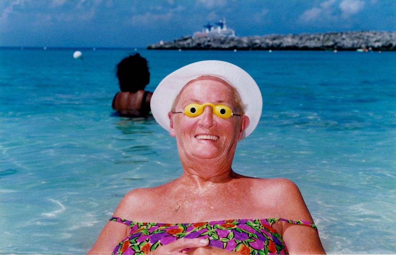 002_The_Bahamas_Ian.Hughes