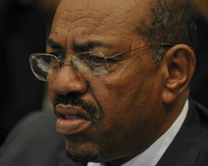 Omar_al-Bashir,_12th_AU_Summit,_090202-N-0506A-137