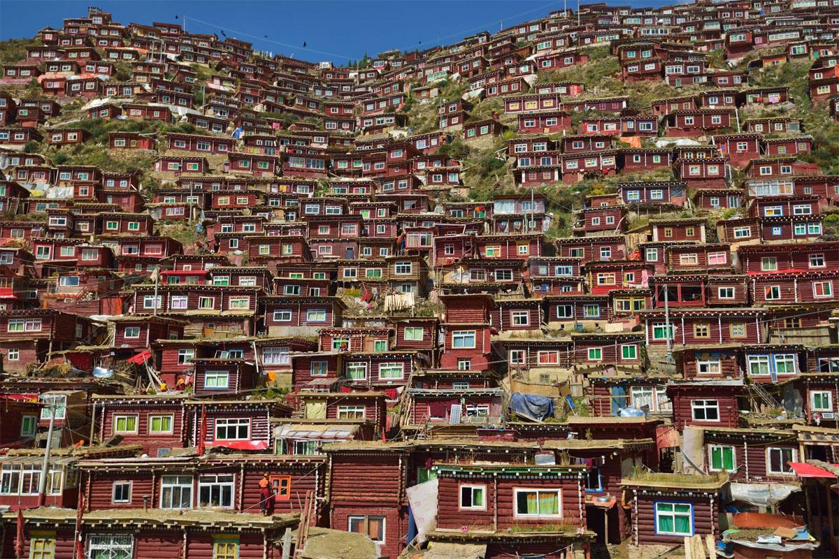 Шинья Итахана. «Маленькие дома тибетских монахинь». Победитель в категории «Архитектура»