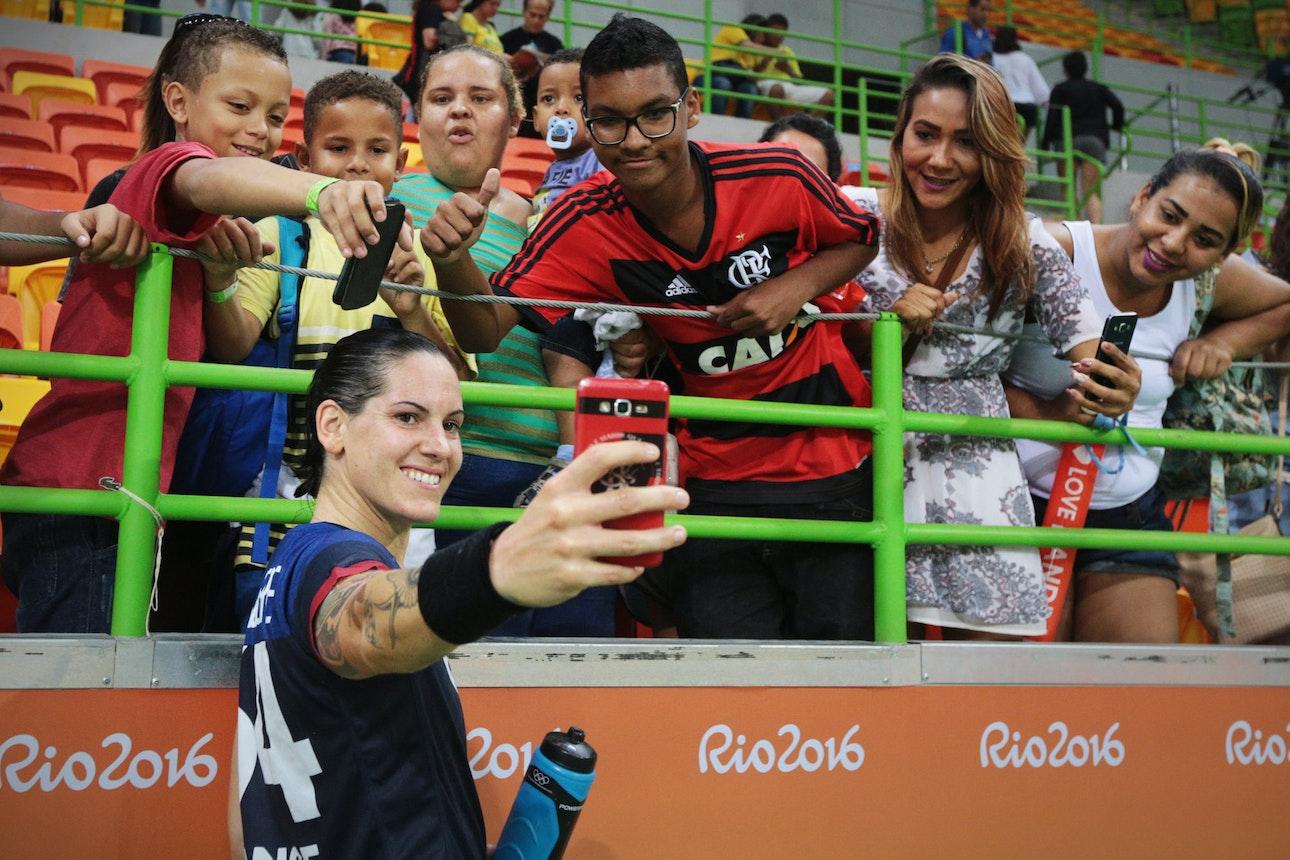 22_rio2016_selfie