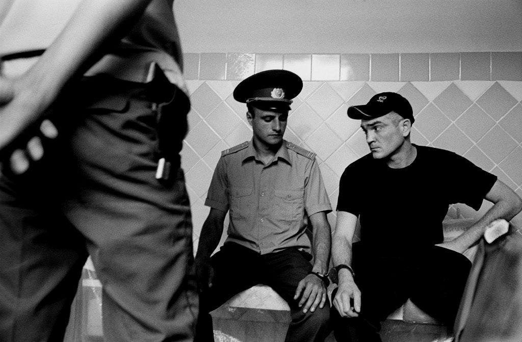 glyadyelov_prison008