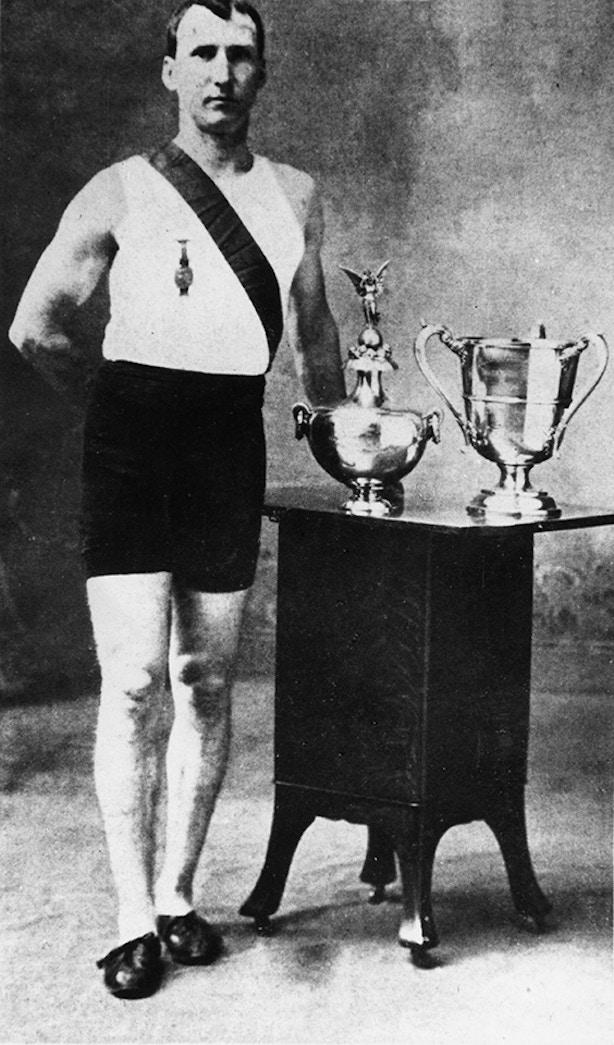Томас Хикс, победитель марафона на Олимпиаде в Сент-Луисе 1904 года. Фото: AKG Images / East NewsИсточник:
