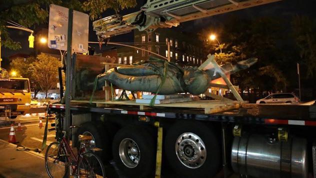 ВНью-Йорке демонтировали монумент Ленину