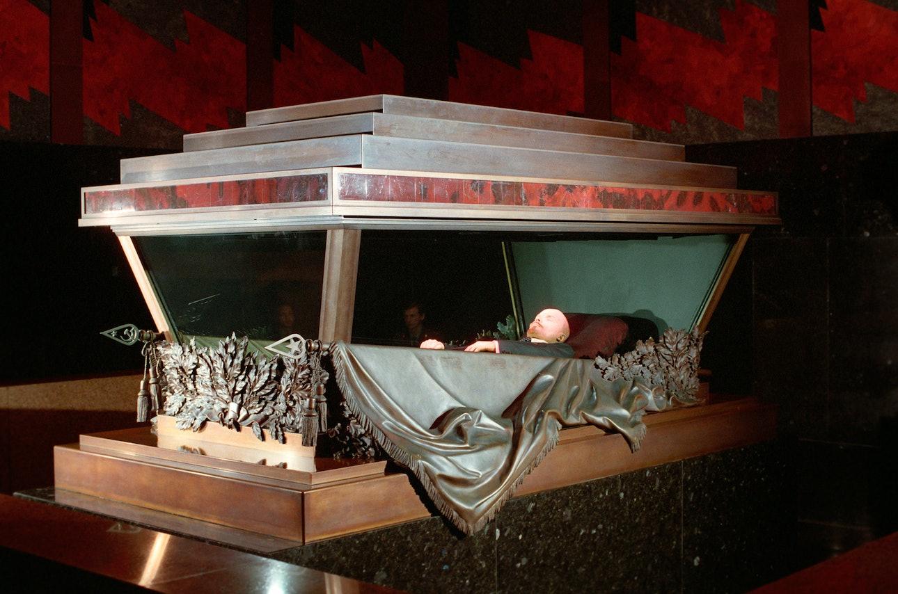 Ленин в саркофаге