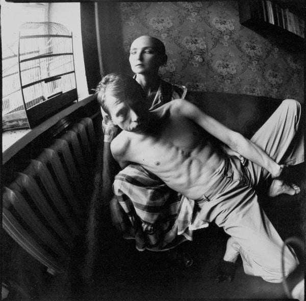 Муж и жена в русской спальне пленочное фото, секс лесбиянок видео по русски