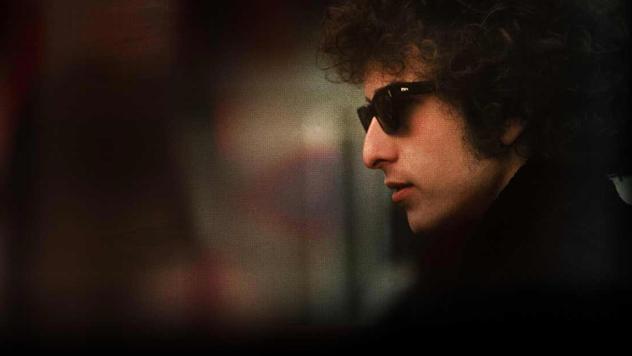 Боб Дилан получил Нобелевскую премию политературе