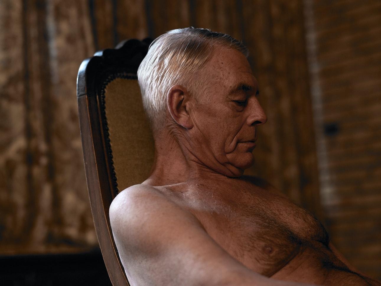 Старая любовь: пожилые пары в проекте Аннабэль Остевехел. Нидерландский фотограф Аннабэль Остевехел. Интернет - журнал birdinflight.com
