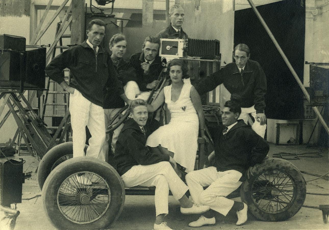 semochnaya-gruppa-filma-zheleznaya-brigada-1930