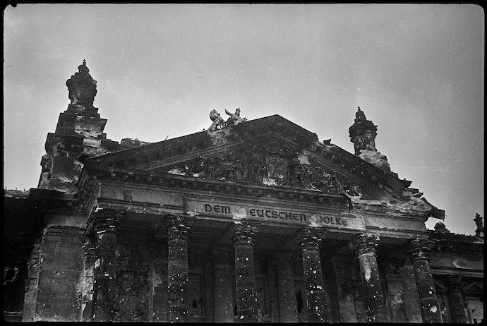 Германия, Берлин, Май 1945Рейхстаг