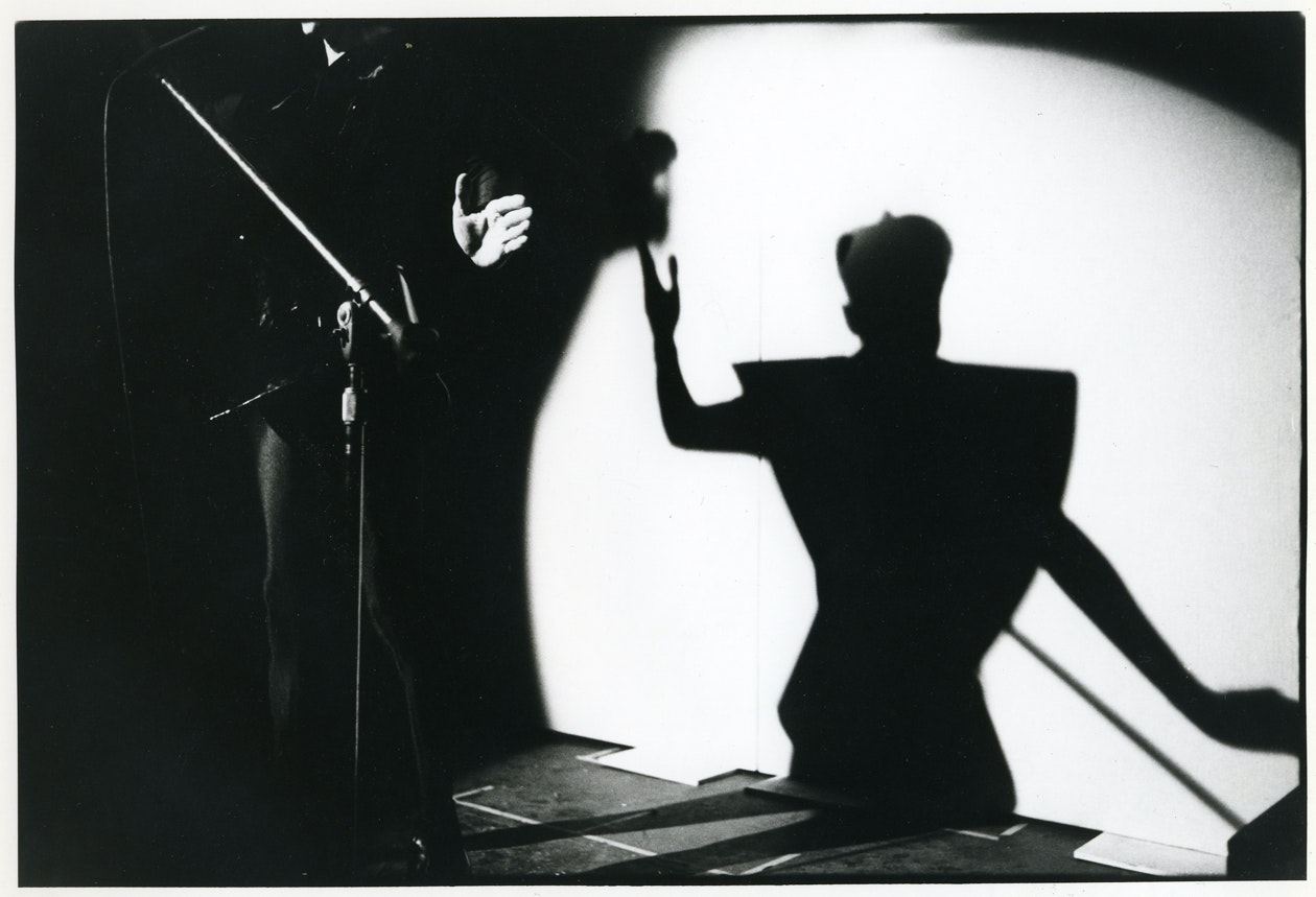 Klaus Nomi performs, Hurrahs, 1980