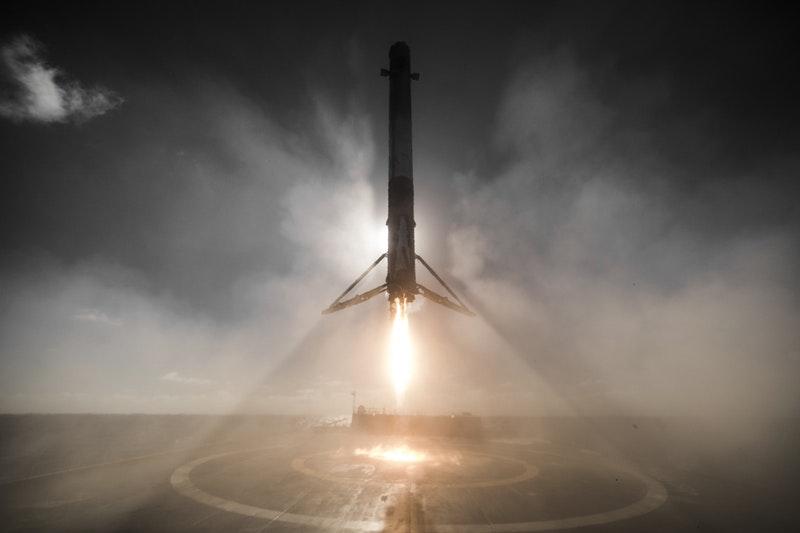 spacex-falcon-9-landing_20-01-2017