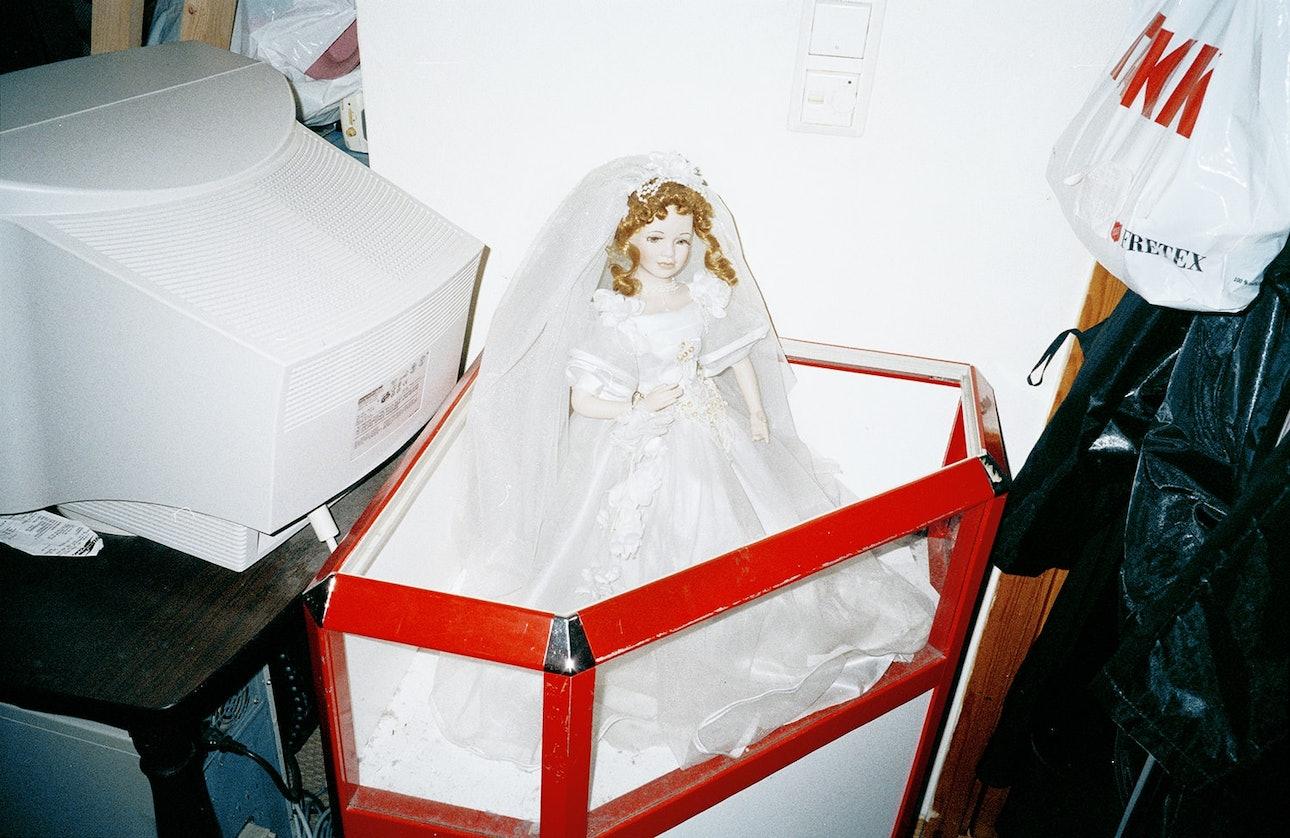 wedding_dress-min