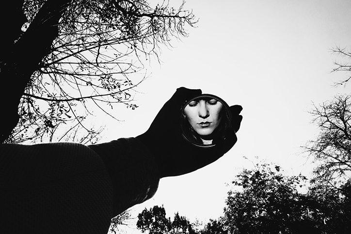 saatchi-selfie-03