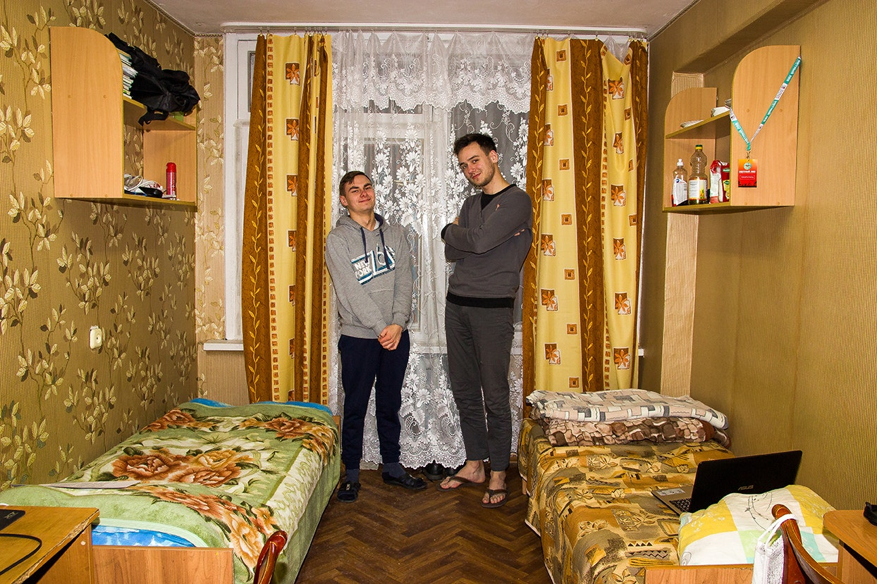 svirepa-tanja_molodost-vse-prostit_03