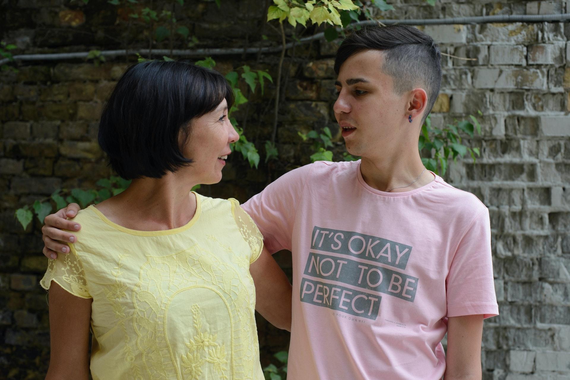 Мама заметила сто сын гей