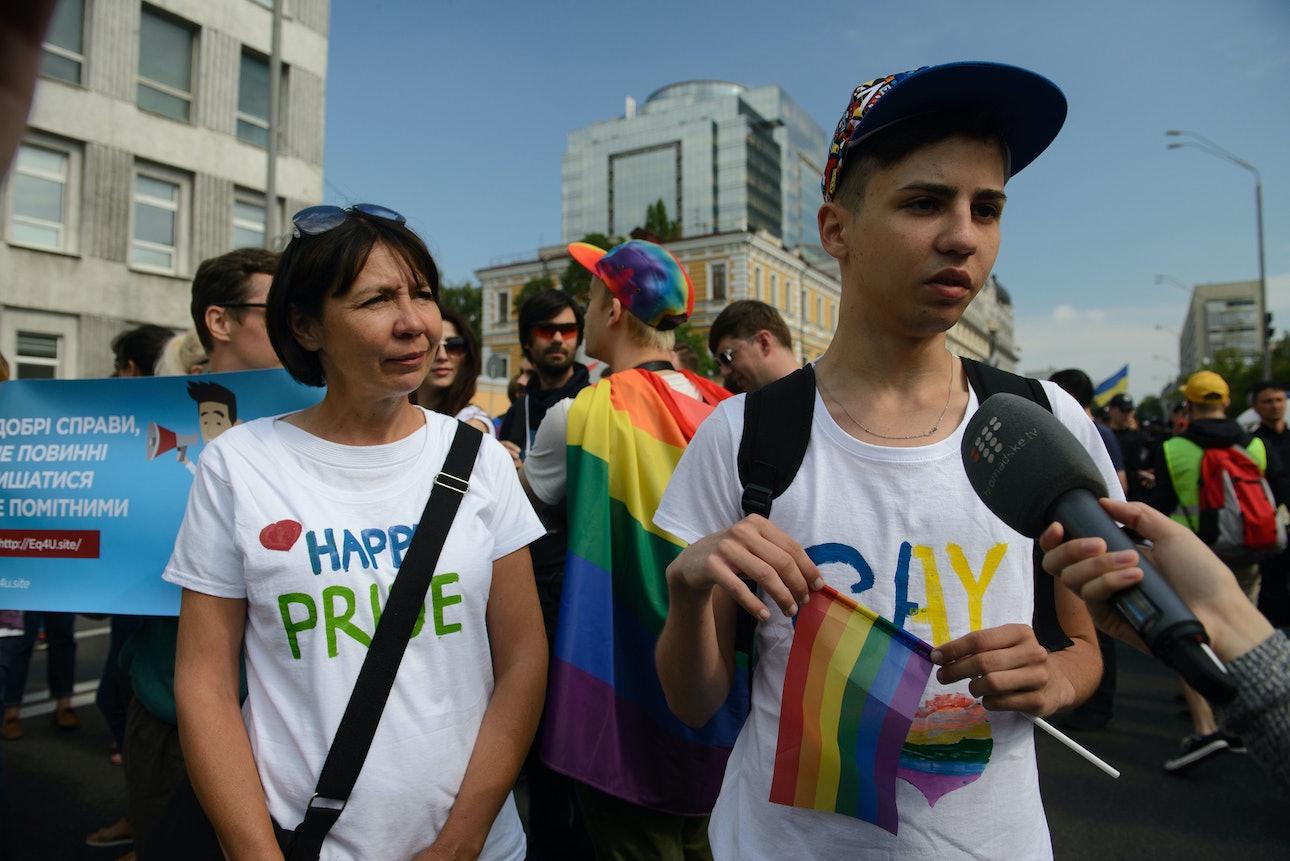 Gay-pride-ukraine_12
