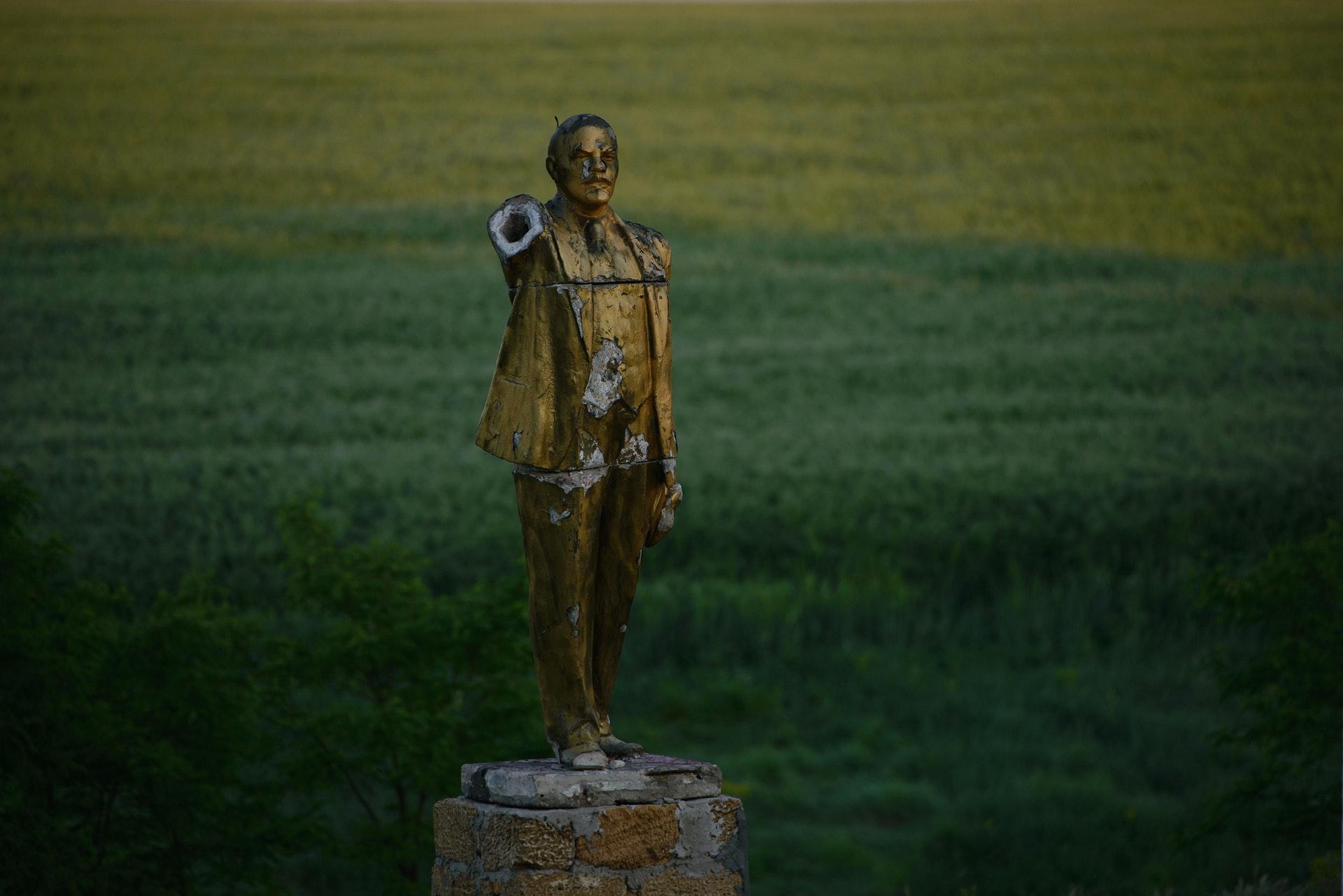 Statue_09