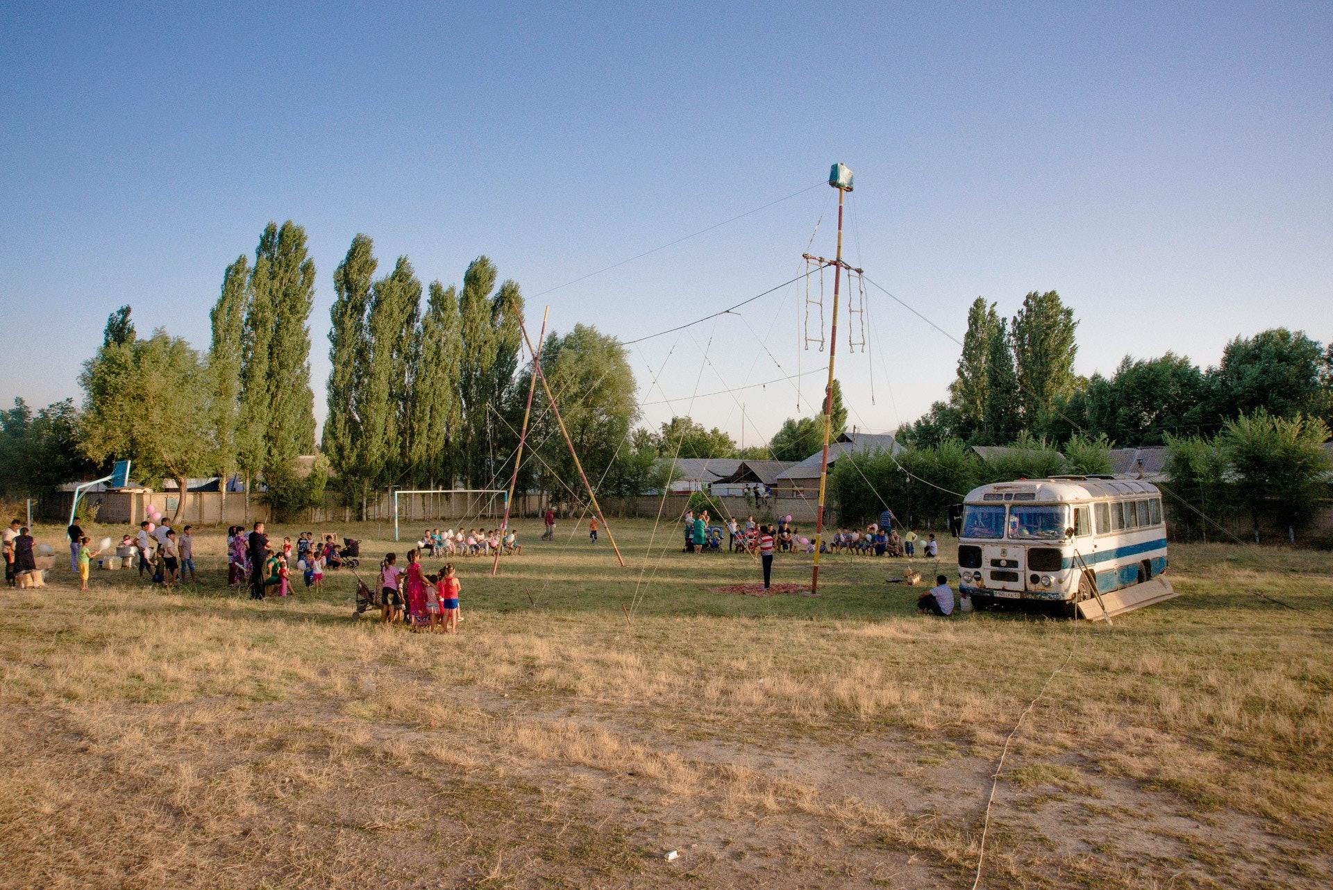 Circus-Ongarbaev_11