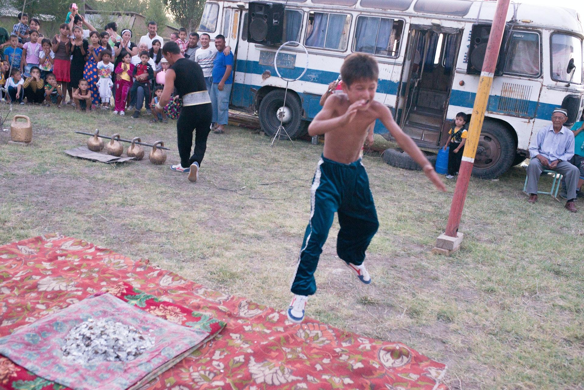 Circus-Ongarbaev_39