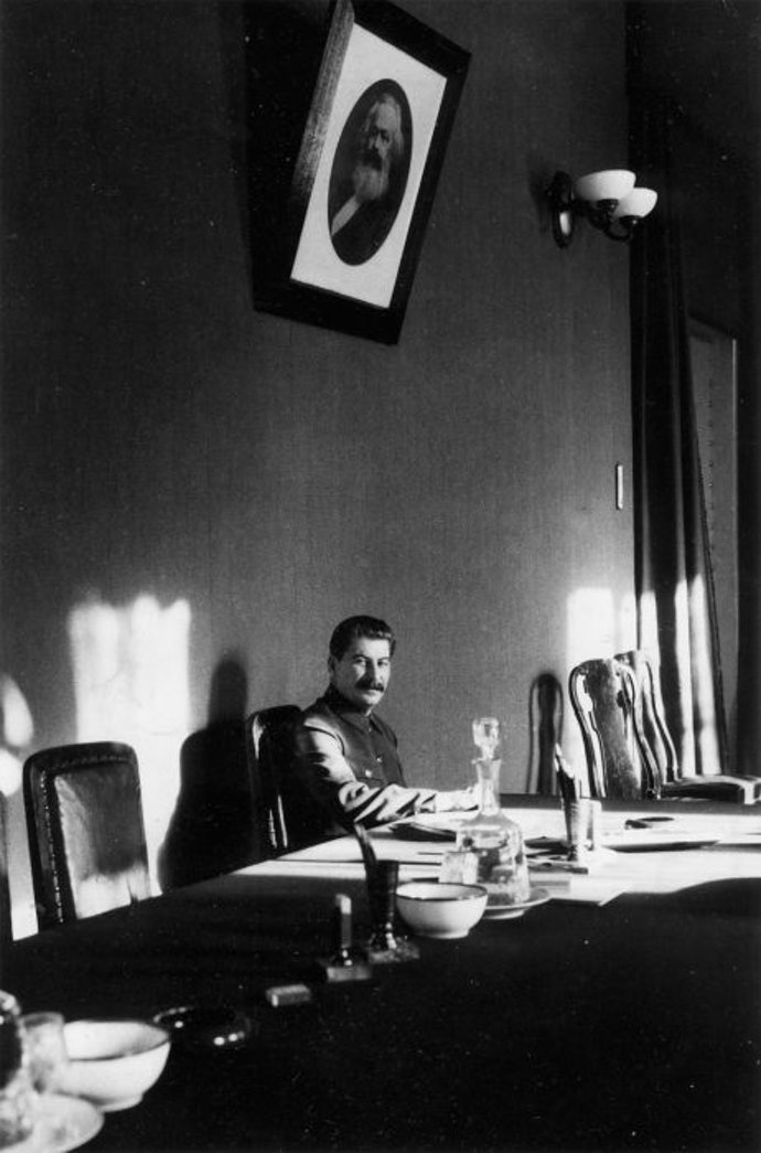 James-Abbe-Stalin_01