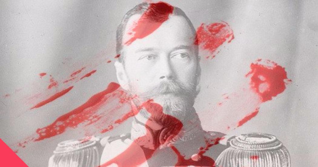 Феминистки окропили менструальной кровью портрет Николая II в знак поддержки фильма «Матильда