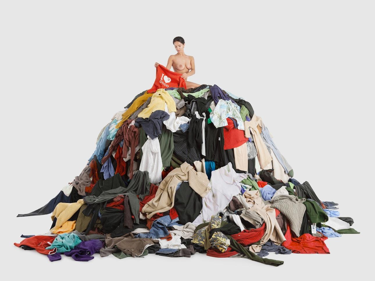 hate_clothes_heap