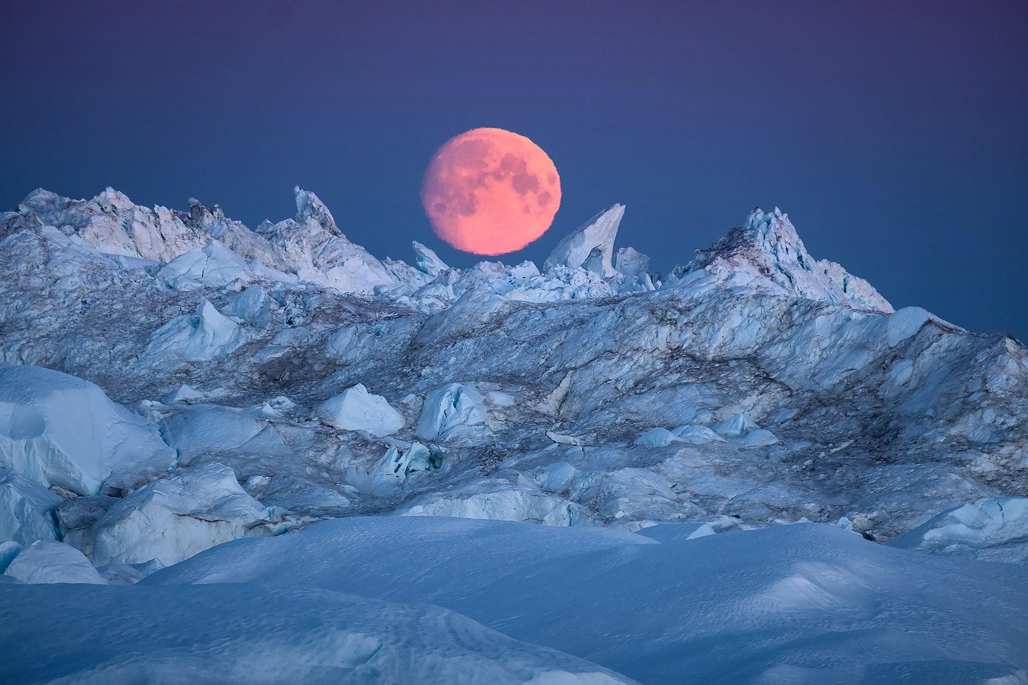 GREENLAND_Ililussat_Sermermuit_hike_icebergs_by_Maria_Sahai