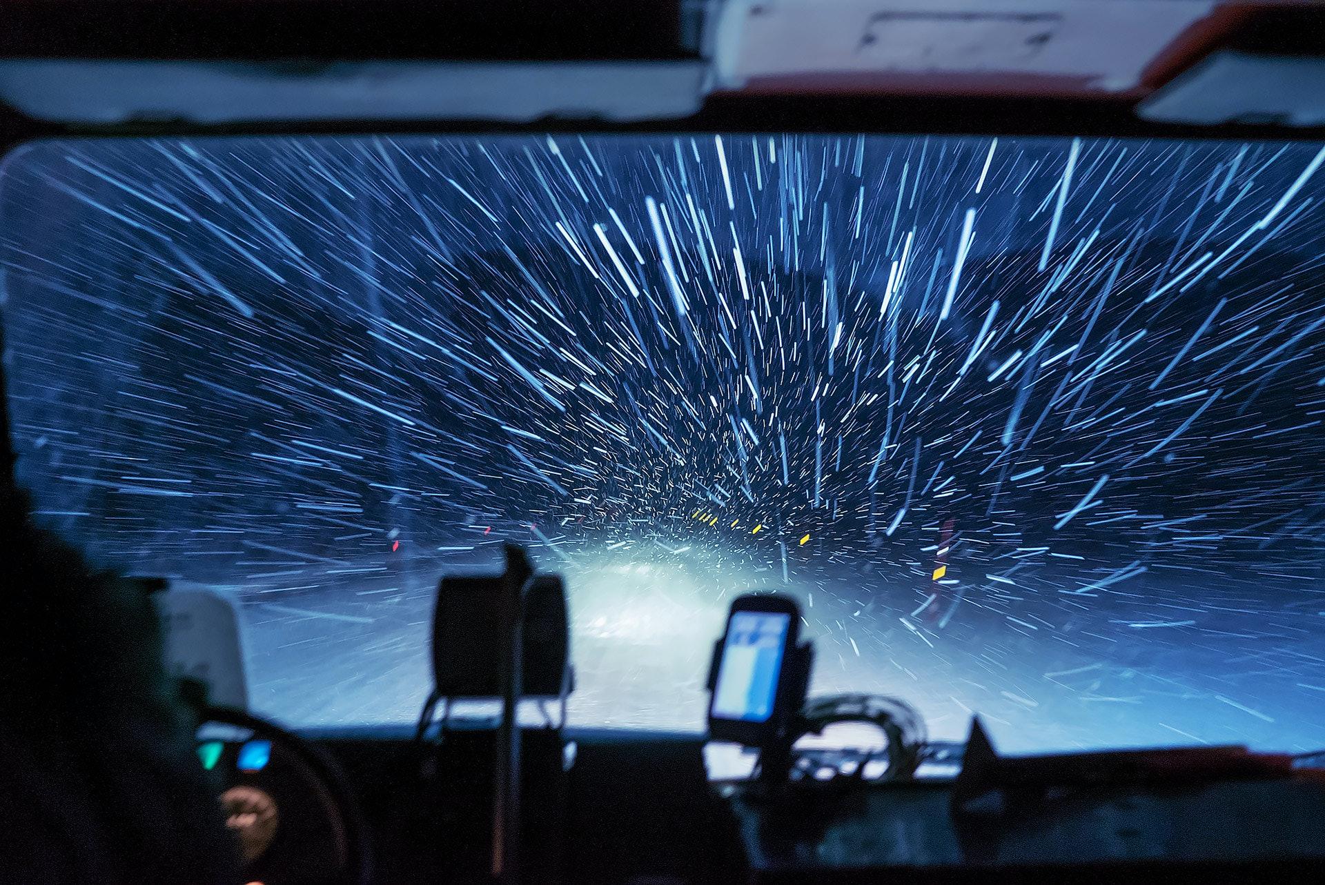 SVALBARD_norway_longyearbyen_adventdalen_snowstorm_by_maria_sahai-copy