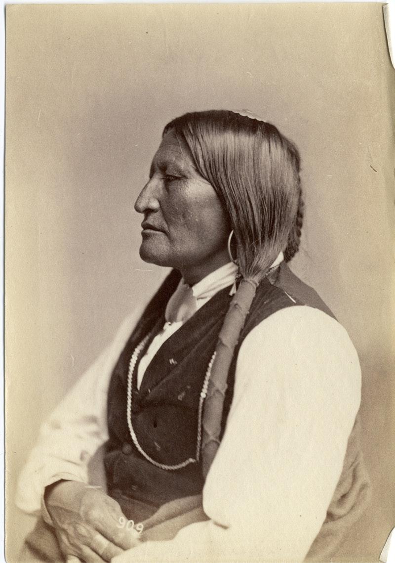 19th-century-photos-native-americans_01
