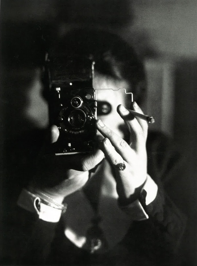 Автопортрет, © Estate Germaine Krull, Museum Folkwang, Essen Centre Pompidou, MNAM-CCI, Dist. RMN-Grand Palais image Centre Pompidou, MNAM-CCI