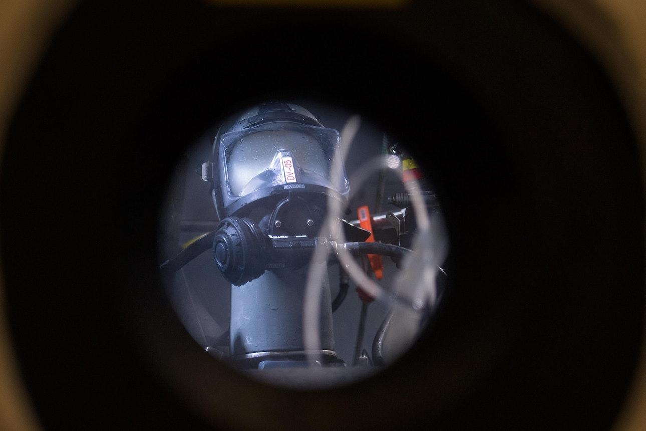 Navy-Experimental-Diving-Unit_01