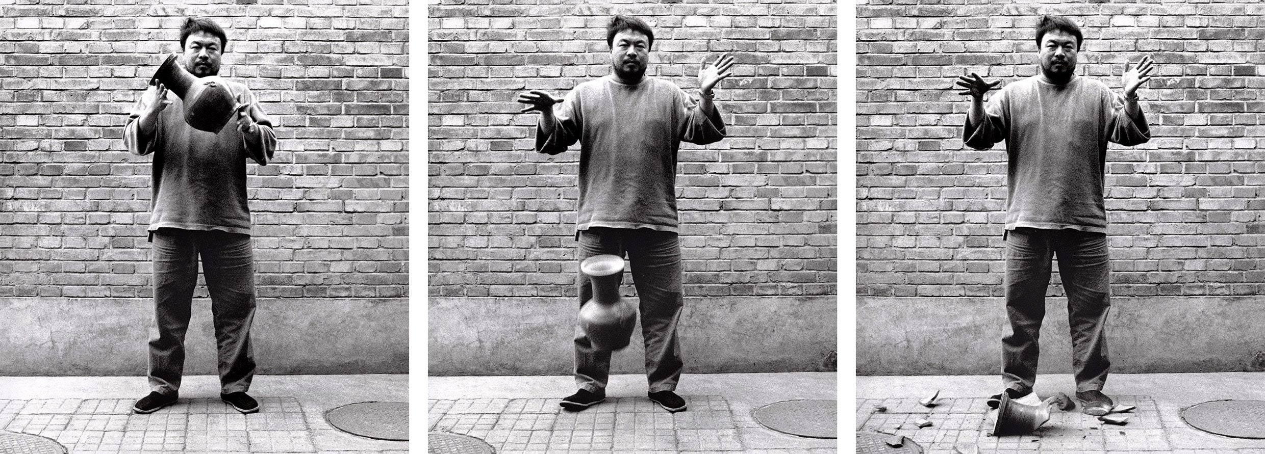 art-ai-weiwei-dropping-a-han-dynasty-urn-X.2016.10601