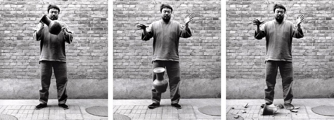 art-ai-weiwei-dropping-a-han-dynasty-urn-X.2016.10601