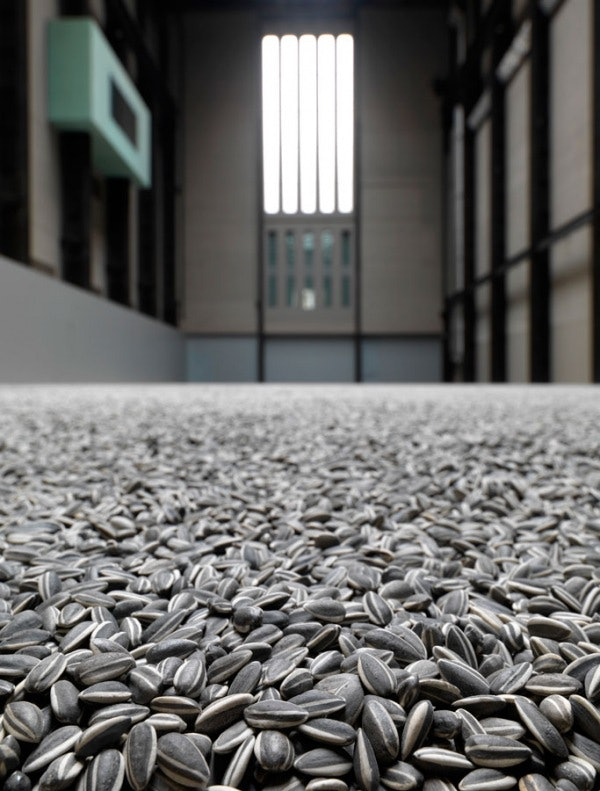the unilever series_ ai weiwei sunflower seeds (1)