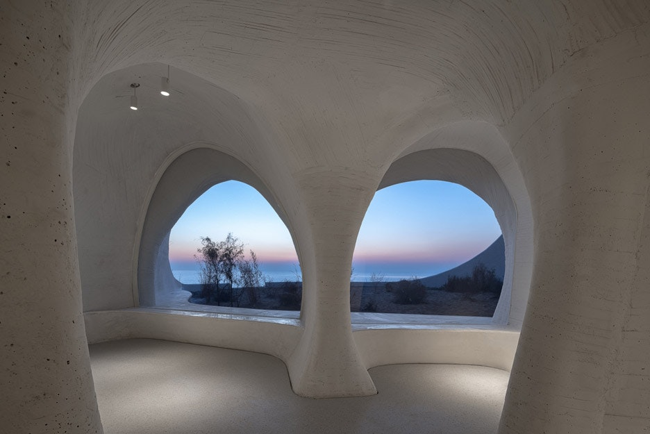 ucca-dune-art-museum-open-architecture-qinhuangdao-china-_dezeen_936_col_10