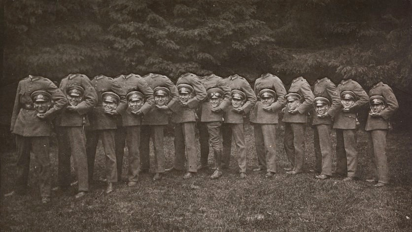 Victorians-headless_08